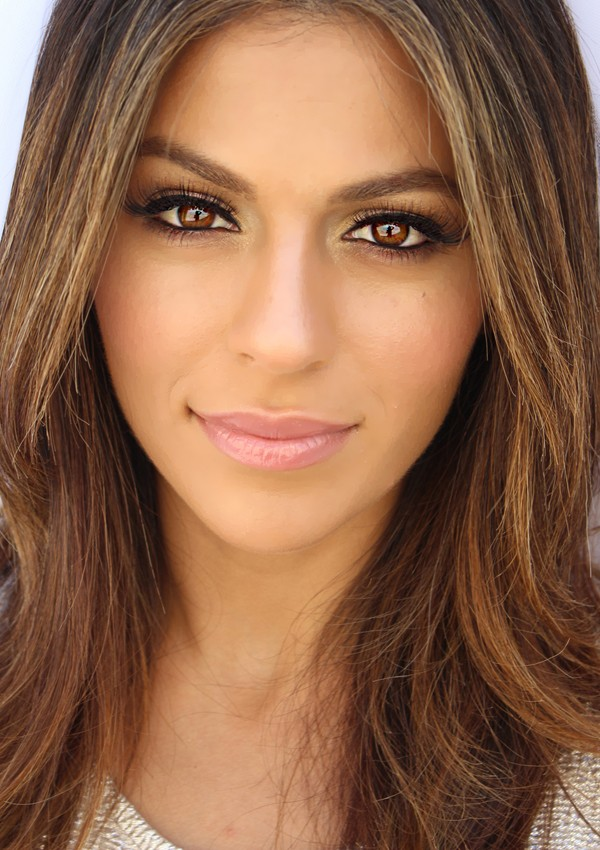 http://www.twocosmetics.com/makeup-tips-for-a-natural-look/