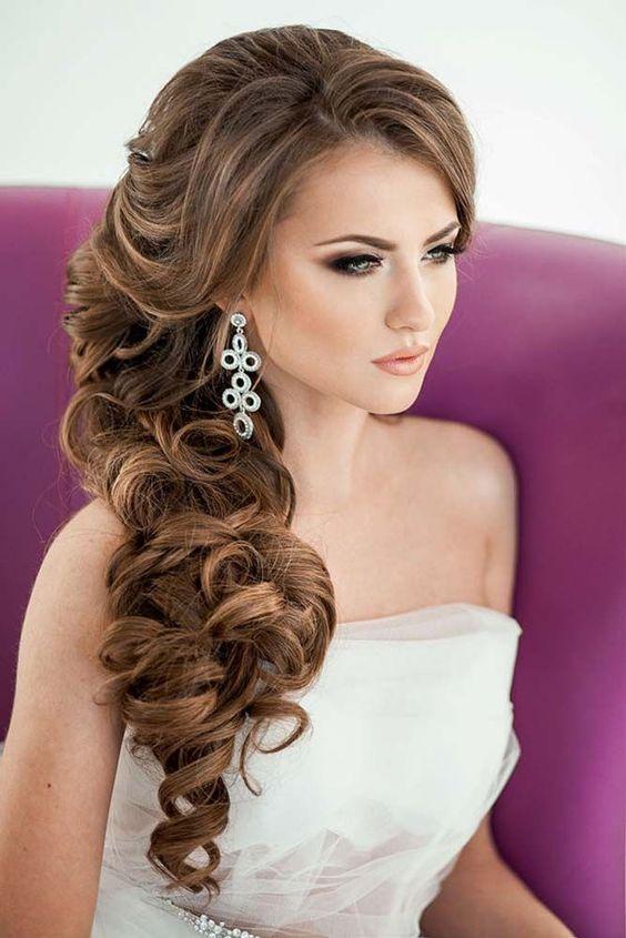 https://weddingcraze.net/wp-content/uploads/34-Elegant-Side-Swept-Hairstyles-You-Should-Try.jpg