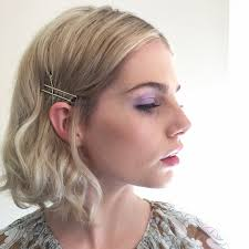 hair pins hairstyle
